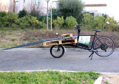 velo cargo_transport de grillage pour du torchis (2)