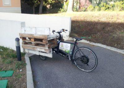 velo cargo_transporter des banquettes en palettes (3)