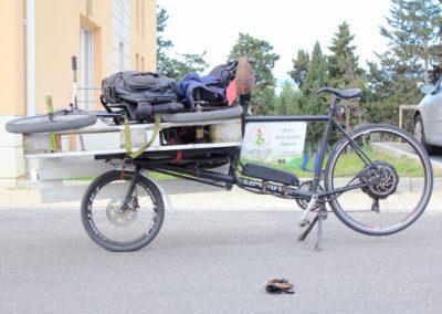 velo cargo_transporter du matériel divers (2)