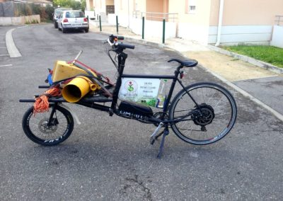 velo cargo_transporter un broyeur à végétaux (2)
