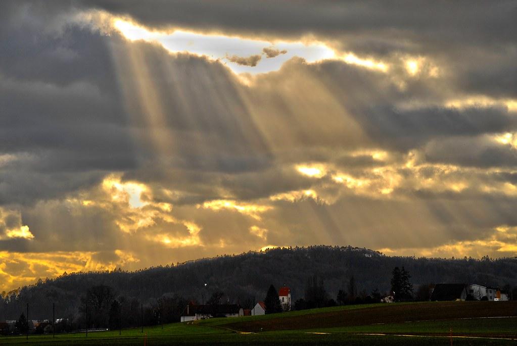 exemple de rayonnement électromagnétique : le soleil